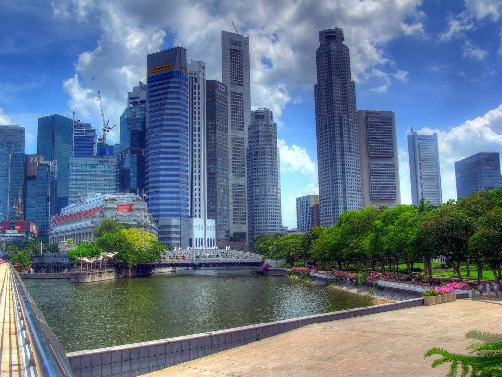 The Quays to the City: Exploring Downtown Singapore