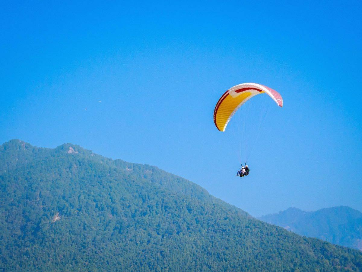 Spending 48 hours in Bir, Himachal – Experiencing More than Paragliding