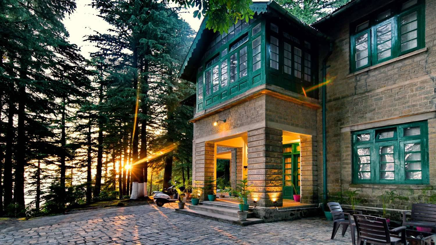 A perfect weekend trip to Dalhousie and Khajjiar