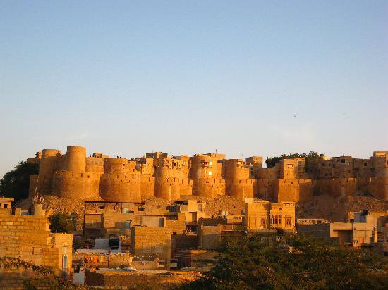 Orchha with Jhansi Tour Package