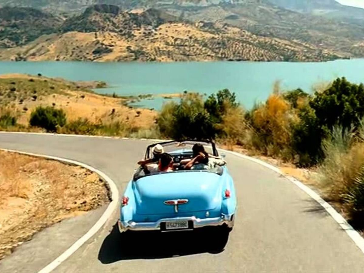 30 Bollywood Travel Movies That Will Give You Serious Travel Goals